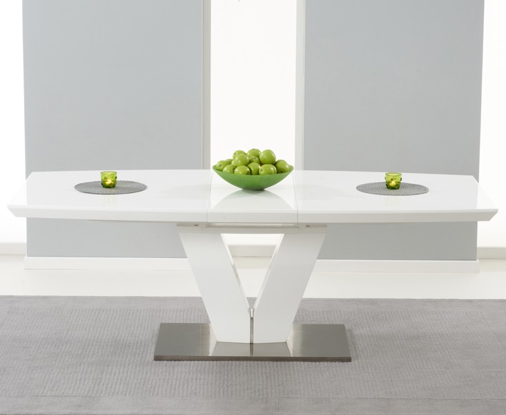 Malibu Extending Dining Table 4