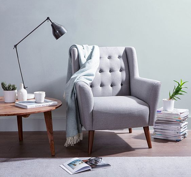 Living - Armchairs at FADS.co.uk